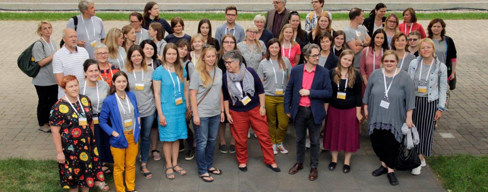 Balti museoloogiakooli traditsiooniline ühispilt. Foto Erakogu