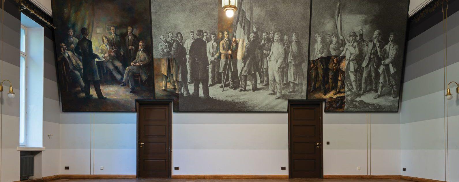 Rekonstrueeritud pannoo oma algkodus – Eesti Üliõpilaste Seltsi Tartu majas. Foto Villu Plink